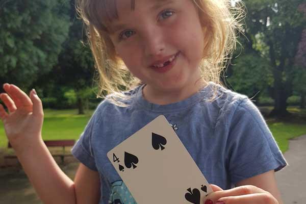 Childrens-Party-Magic-Entertainer-Harrogate-North-Yorkshire-5